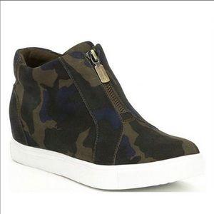 Blondo Glenda Waterproof Suede Camo Print Wedge Sneaker